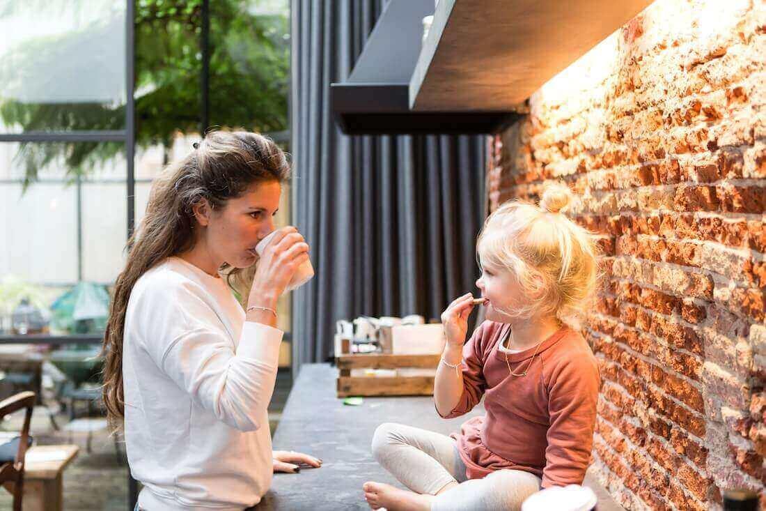 The Mamma Stories featuring Emily & Filippa - Joey van Dongen