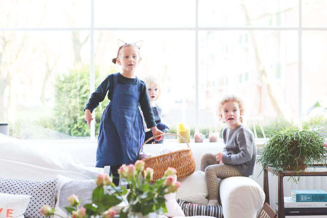 The Mamma Stories featuring Esther, Sara, Pim, Ava & Casper - Joey van Dongen